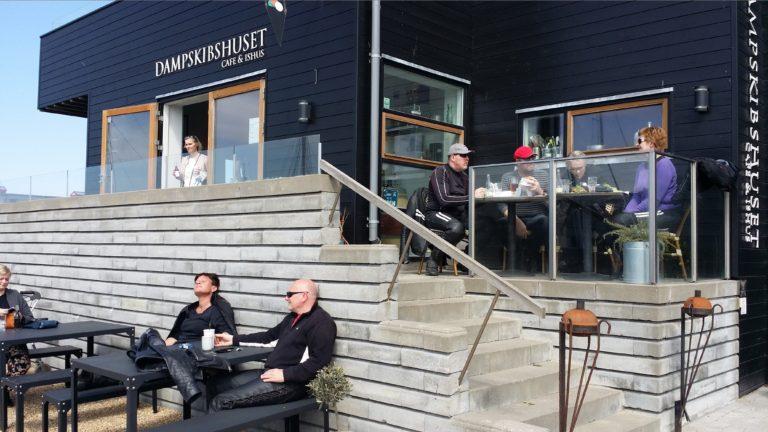 Dampskibshuset-Cafe&Ishus