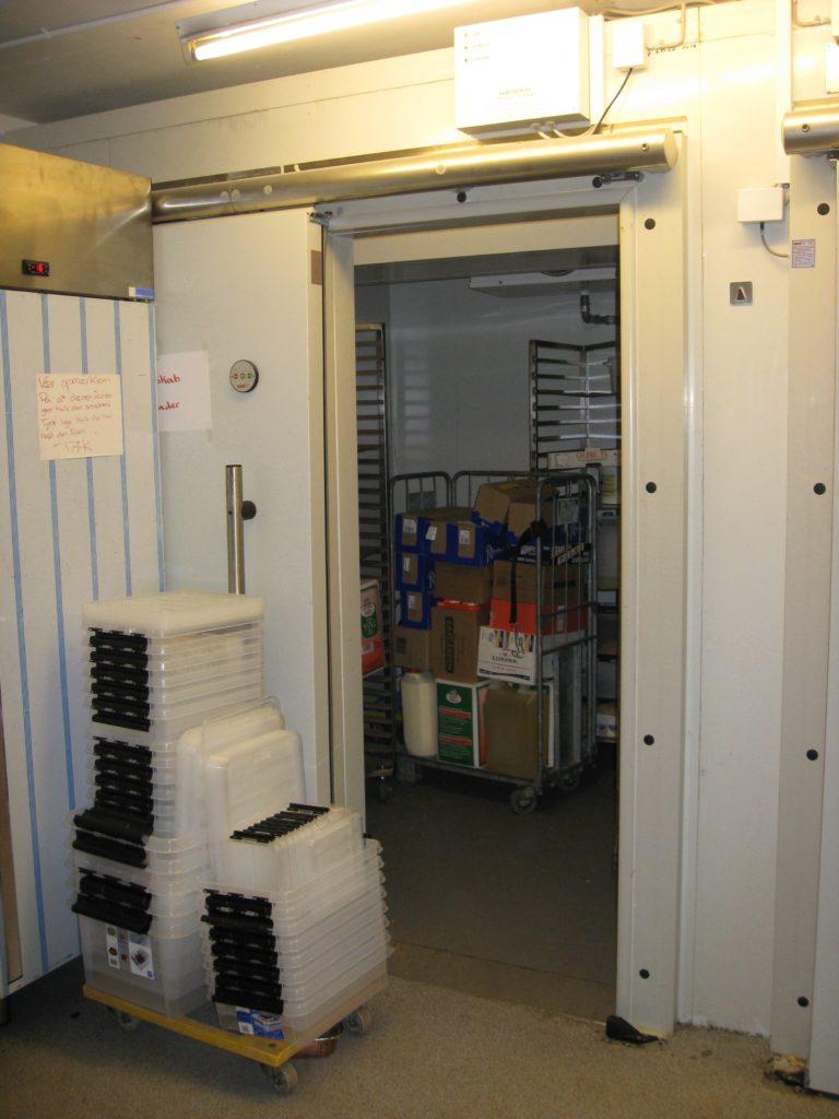 Aaben-doer-til-Celltherm-koele-og-fryserum