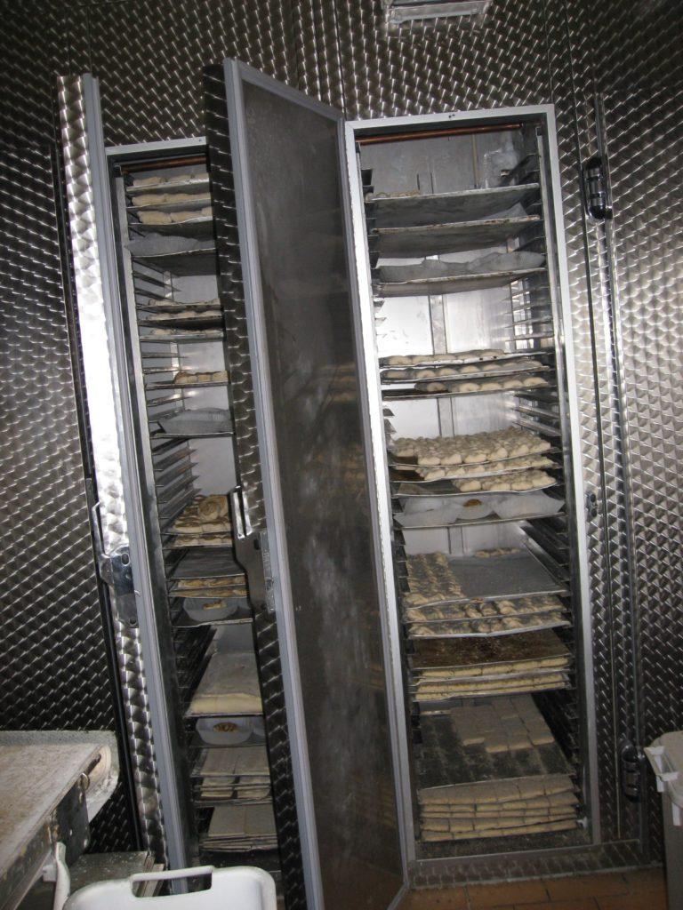 Koele-og-fryserum-hos-bager