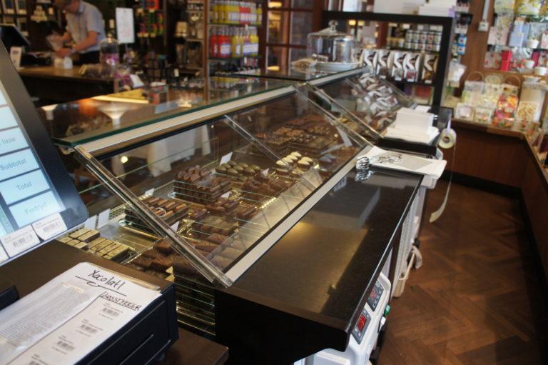 Lucis-chokoladedisk-set-bagfra