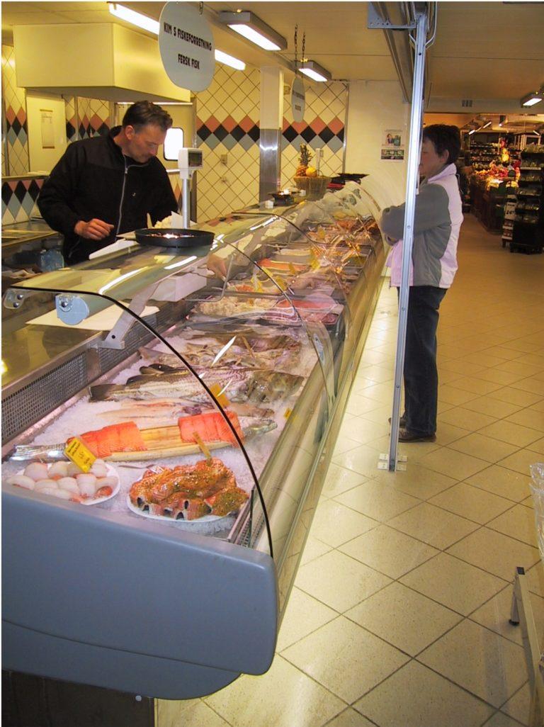 Super-Lider-fiskedisk-til-roegvarer-fersk-fisk