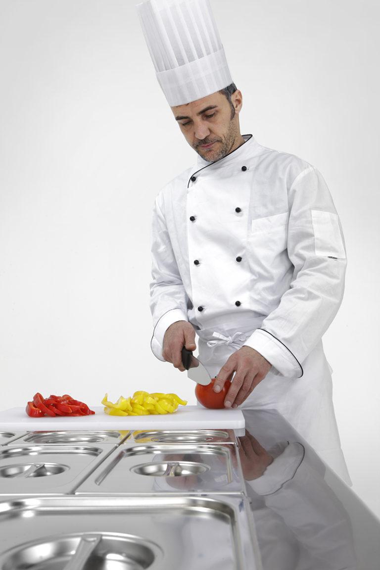 Master-Saladette-kok-arbejder