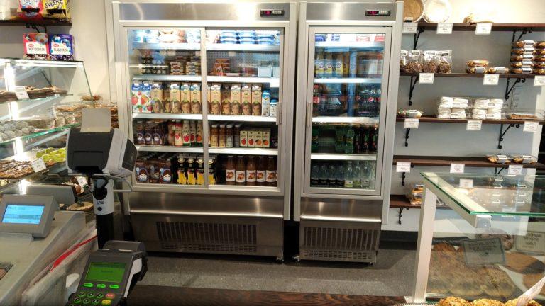 Primus-slim-koelereoler-med-glasdoere-bagerbutik