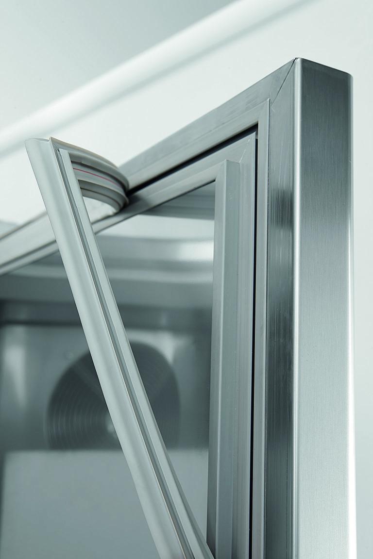 Taetningsliste-smart-master-industrikoele-fryseskab-coldline